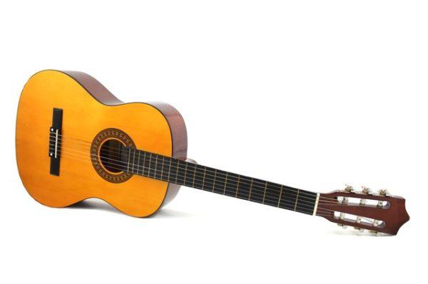 Eine braune Konzertgitarre für Einsteiger